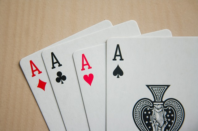 čtyři karty